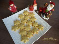 Petits sablés  amande ou noisette Biscuit Cookies, Gingerbread Cookies, Macarons, Waffles, Fondant, Breakfast, Food, Pains, Fruit