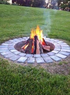 Main Types of Fire Pits You Need to Know Before Purchasing » Engineering Basic Outside Fire Pits, Cool Fire Pits, Diy Fire Pit, Fire Pit Backyard, Outdoor Fire Pits, Fire Pit Grill, Best Fire Pit, Fire Pit Front Yard, Cheap Fire Pit