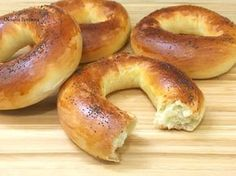 They say it's bagels, but they are sweet and flavored with vanilla, so I think this is what we call kringla Russian Cakes, Russian Desserts, Russian Recipes, Sweet Pastries, Bread And Pastries, Savoury Baking, Bread Baking, Bread Recipes, Cooking Recipes