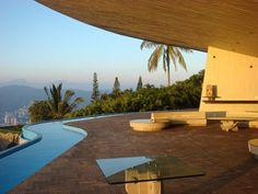 One of the coolest houses I've ever seen: Arrango Residence by John Lautner