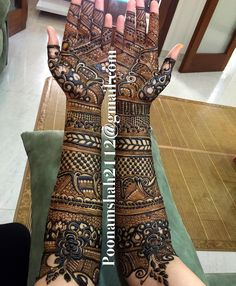 Browse the latest Mehndi Designs Ideas and images for brides online on HappyShappy! We have huge collection of Mehandi Designs for hands and legs, find and save your favorite Mehendi Design images. Khafif Mehndi Design, Full Hand Mehndi Designs, Mehndi Designs 2018, Dulhan Mehndi Designs, Mehndi Design Pictures, Wedding Mehndi Designs, Beautiful Henna Designs, Mehendi, Mehndi Images