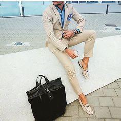 Instagram photo by CEO|FASHIONPRENEUR|•Stylist| • May 29, 2016 at 3:48pm UTC