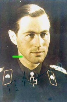 Bruno Kahl.