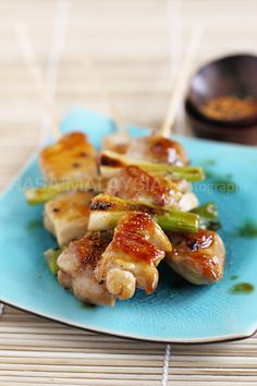 Yakitori (Japanese Grilled Skewered Chicken) recipe - One of my favorite things to do on the weekends is having dinner with good friends at a Japanese izakaya or yakitori restaurant. If you like yakitori, this will be great for upcoming summer parties! #japanese #chicken