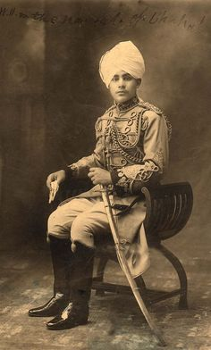 menofyesterday:   Hamidullah Khan, last ruler of... - MyPinHolePinUps