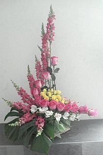 Tropical Flower Arrangements, Creative Flower Arrangements, Flower Arrangement Designs, Funeral Flower Arrangements, Rose Arrangements, Beautiful Flower Arrangements, Beautiful Flowers, Altar Flowers, Church Flowers