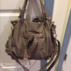 Soft leather hand bag Used soft leather brown hand bag with a long strap. Easy to carry Bags Shoulder Bags