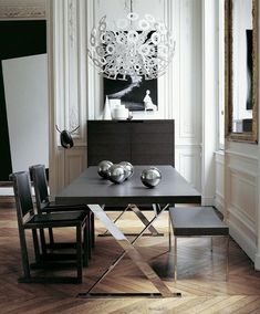 Modern rectangular dining table for 6 by Antonio Citterio for Maxalto. Black and silver is always a good choice for elegant interiors. 10 Awesome Modern Dining Room Sets That You Will Adore ➤ Discover the season's newest designs and inspirations. Visit us at www.moderndiningtables.net #diningtables #homedecorideas #diningroomideas @ModDiningTables