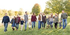 Interested in taking a large family photo? Keep reading to learn more about it as well as tips and tricks you can use to your advantage.
