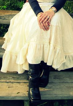 Kitty Cats and Airplanes: Epic Upcycle Eyelet Bedsheet Skirt