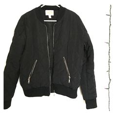 Black Jacket Black puff jacket from forever 21, worn a few times but no rips or stains Forever 21 Jackets & Coats