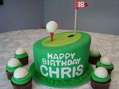 Golf party ideas to help turn your picnic, party, or maybe your even though celebration in a golf-lovers delight. If you and your friends love golf, and then any excuse is a great excuse for any good Birthday Cakes For Men, 30th Birthday, Golf Party Foods, Cake Design For Men, Cake Designs, Cupcake Cakes, Cupcakes, Cake Decorating, Golf Cakes