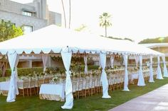 To see more gorgeous details about this wedding: http://www.modwedding.com/2014/11/15/phoenix-shabbat-dinner-troy-grover-photographers/ #wedding #weddings #wedding_reception
