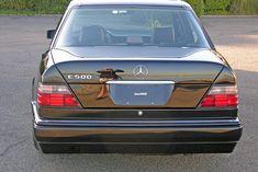 E 500, Classic Mercedes, Mercedes Benz Cars, Volkswagen, Classic Cars, Vehicles, Toys, Friends, Black