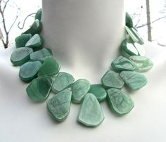 Hey, I found this really awesome Etsy listing at https://www.etsy.com/listing/171229731/chunky-statement-necklace-green