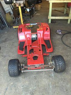 Gokart Plans 826762444074106511 - Fenders cut for widening Source by Mini Jeep, Mini Bike, Custom Go Karts, Go Kart Steering, Drift Trike Motorized, Build A Go Kart, Homemade Go Kart, Homemade Tractor, Go Kart Plans