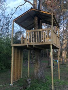 Zip line platform Backyard For Kids, Backyard Ideas, Grandkids, Home Projects, Gifts For Kids, Platform, Outdoors, Cabin, Zip