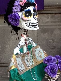 Altar, Puebla, tradición. dia de muertos, papel maché, catrina