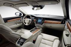 2017 Volvo XC90 interior dashboard