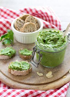 vegan senzaglutine PESTO DI AVOCADO , mandorle zenzero e prezzemolo SENZA OLIO per PASTA, insalate, aperitivi e burgers #healthy