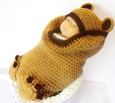 PDF 140 Brown Bear Cocoon and Hat Set Crochet Pattern - Crochet patrones - Baby Crochet Baby Cocoon, Crochet Bebe, Cute Crochet, Crochet For Kids, Crochet Crafts, Crochet Projects, Knit Crochet, Easy Crochet, Newborn Crochet