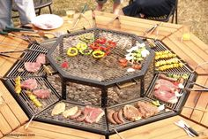 mesa+redonda+de+barbacoa+americana.jpg 1.024×683 píxeles