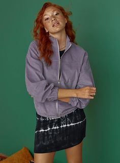Women > Jackets & Blazers Organic cotton corduroy jacket Twik Twik exclusive What would we do without this totally retro material? Organic cotton corduroy Matching joggers sold separately The model is wearing size small Lilacs Trendy Fashion, Womens Fashion, Jackets For Women, Clothes For Women, Corduroy Jacket, Blazer Jacket, Organic Cotton, Joggers, Retro