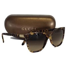 Pre-owned Gucci Brown Tortoise Oversized Sunglasses (1 690 ZAR) ❤ liked on Polyvore featuring accessories, eyewear, sunglasses, tortoise shell glasses, tortoise shell sunglasses, logo sunglasses, gucci eyewear and oversized sunglasses