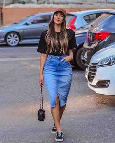 Saia midi jeans, cropped preto, boné e tênis vans old skool. Source by dvegassuxe Outfits chic Curvy Outfits, Simple Outfits, Classy Outfits, Chic Outfits, Trendy Outfits, Fall Outfits, Summer Outfits, Fashion Outfits, Casual Church Outfits