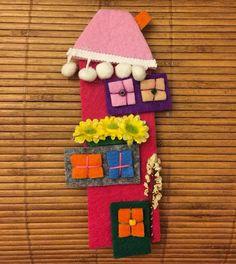 Felt Crafts Diy, Felt Diy, Diy Projects To Try, Projects For Kids, Felt House, Felt Quiet Books, Ideias Diy, Back To School Gifts, Art Wall Kids