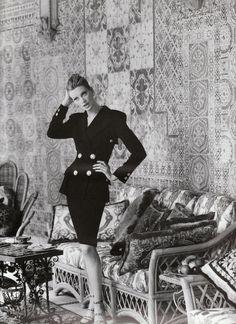 Kristen McMenamy by Steven Meisel for Versace, Spring/Summer 1995