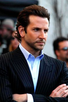 Bradley Cooper's 15 hottest looks The Effective Pictures We Offer You About Beautiful Celebrities most A quality picture can tell Bradley Cooper Hangover, Bradley Cooper Hot, Beautiful Celebrities, Gorgeous Men, Beautiful People, Beautiful Pictures, Bradley Cooper Limitless, Lucky Ladies, Elegant Man
