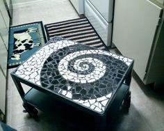 Swirl Mosaic Table