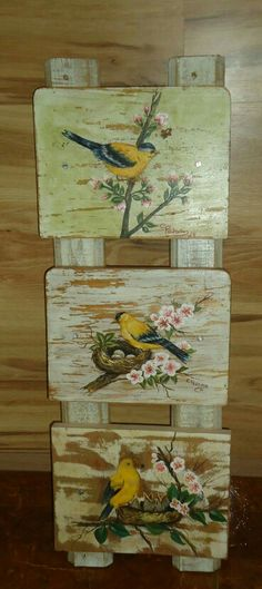 16 Awesome Ideas for DIY Christmas Decorations Art and Craft Wood Crafts, Diy And Crafts, Arts And Crafts, Tole Painting, Painting On Wood, Arte Country, Decoupage Vintage, Pallet Art, Bird Art