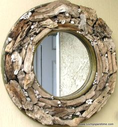 Round driftwood mirror... Looks really cool! @Nathan Mallonee Summer Here's another driftwood idea!