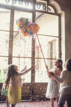 Whimsical kid friendly wedding ideas | Photo by Giuli and Giordi | Read more - http://www.100layercake.com/blog/?p=74917