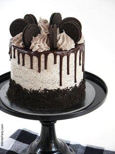 Chocolate Cake Designs, Chocolate Oreo Cake, Chocolate Sponge Cake, Chocolate Drip, Like Chocolate, Delicious Chocolate, Cake Decorating Designs, Easy Cake Decorating, Easy Cake Designs