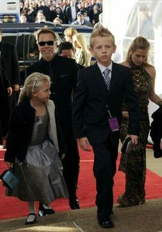Proud Papa Het and his family on the red carpet (Grammys?)