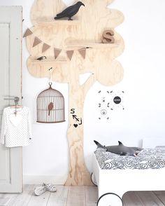 Diy Nursery Decor, Baby Room Decor, Nursery Room, Interior Room Decoration, Interior Design Living Room, Home Decor, Nursery Shelves, Container House Design, Kids Room Design