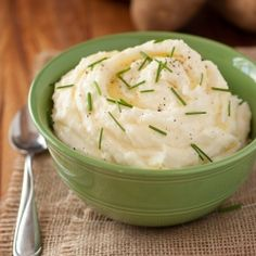 Mom's Mashed Potatoes - best mashed potatoes ever!