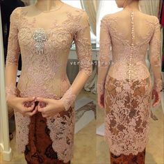 Dress brokat pendek modern 45 Ideas for 2019 Kebaya Muslim, Kebaya Hijab, Batik Kebaya, Kebaya Dress, Batik Dress, Lace Dress, Kebaya Bali, Vera Kebaya, Indonesian Kebaya