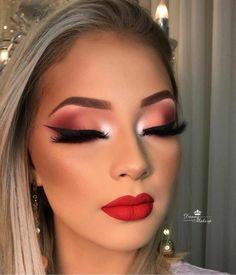Makeup With Glasses Natural . Makeup With Glasses – Brille Make-up Flawless Makeup, Glam Makeup, Makeup Inspo, Makeup Inspiration, Beauty Makeup, Makeup Ideas, Dramatic Makeup, Huda Beauty, Makeup Tips