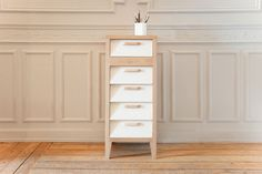 Enough space at least for a lot of things. 60's Chest with 5 drawers by http://www.mr-marius.com #Space #Classic #AllWhiteEverything #Furniture