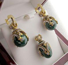 Украшения и поделки из малахита. Russian malachite in jewelry