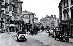 The High Street in 1938 photographed by Photocrom Co. Tunbridge Wells, Old Photos, Good Times, Castle, Street View, London, Pictures, 1930s, Old Pictures