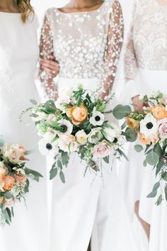 Anemone and peach rose wedding bouquets: Photography: Matthew Land - https://www.matthewland.com/