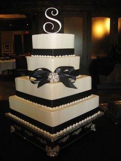 I'm kinda liking the simplicity of this cake