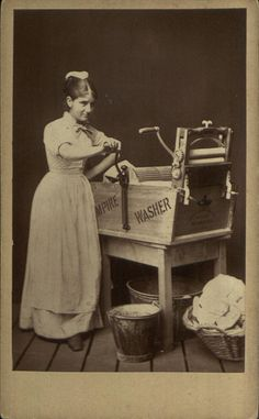 Studio composition picturing a 'laundry maid' with her mangle, pail and clothes basket, by unknown photographer, 1870-80. Clothes Basket, Manchester Art, Vintage Pictures, Vintage Images, Antique Photos, Old Pictures, Old Photos, Victorian Era, Edwardian Era