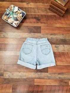 32535af4 80's Chic Super High Waisted Light Wash Denim Mom Vintage Jeans shorts //  Women's size 23 24 00 0 XXS. Vintage Levis ...