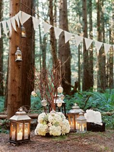 Great #date night idea: dinner in the woods | Photo: http://michaelwachniak.com